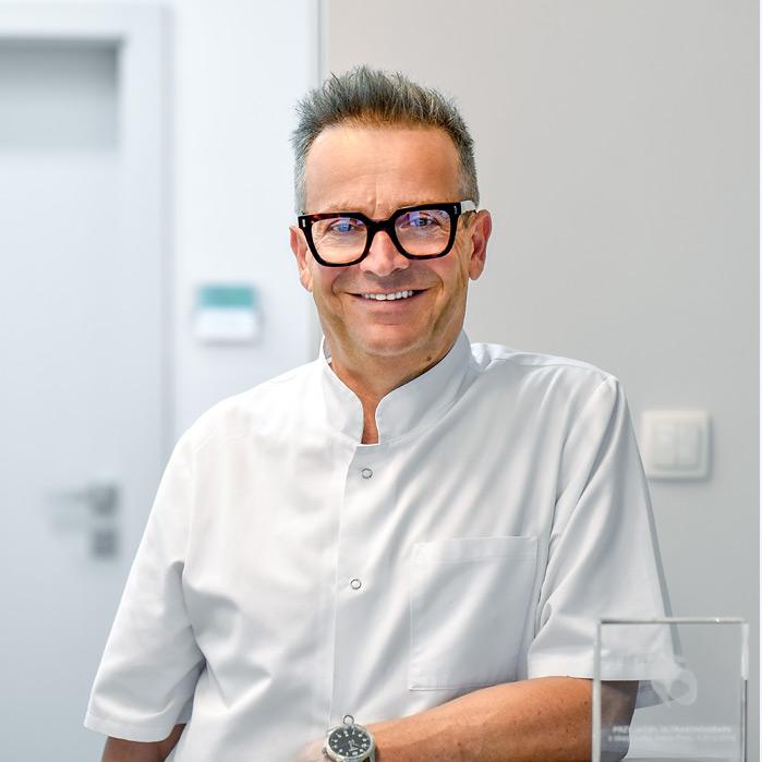 Dr Tomasz Michalik